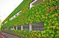 Fachada verde en edificio de National Grid House