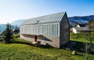 Simple House: casa de madera prefabricada en Eslovenia