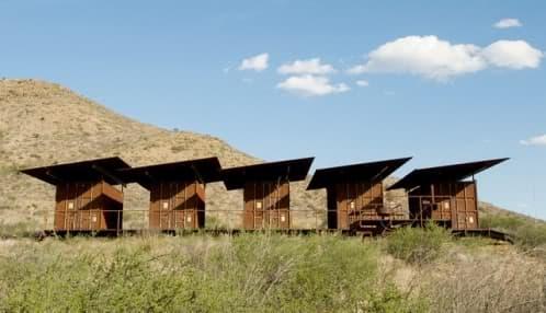 vivienda cinco camp con contenedores