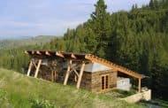 Cabaña de madera y hormigón en Elbow Coulee
