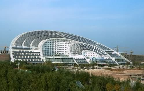 edificio-mas_grande-energia-solar