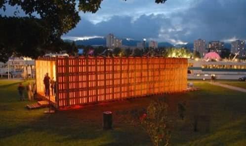 Pallets-House hecha con palets madera reutilizados
