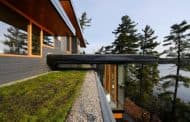 Cliff House: vivienda autosuficiente junto al lago Muskoka