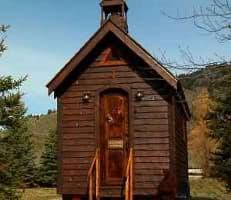 capilla-madera-sobre-ruedas