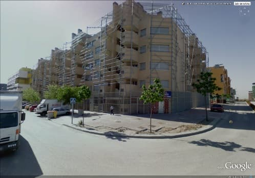 edificio-tubos_enredaderas-vallecas