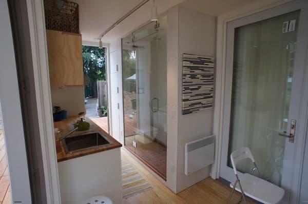 Casa contenedor de 18m2 prefabricada nomad c192 for Puertas prefabricadas