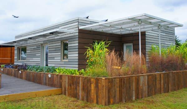 RE_home-casa-Illinois-SolarDecathlon2011