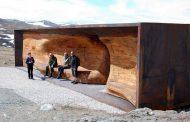 Refugio de acero, madera y vidrio, de Snøhetta
