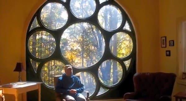 cabaña-madera-autoconstruccion-para-escritora