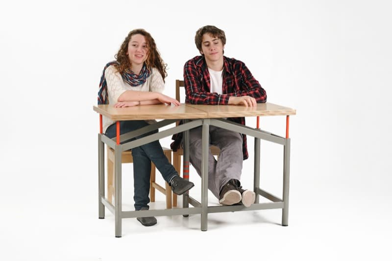 Mesa-escolar-a-prueba-de-terremotos