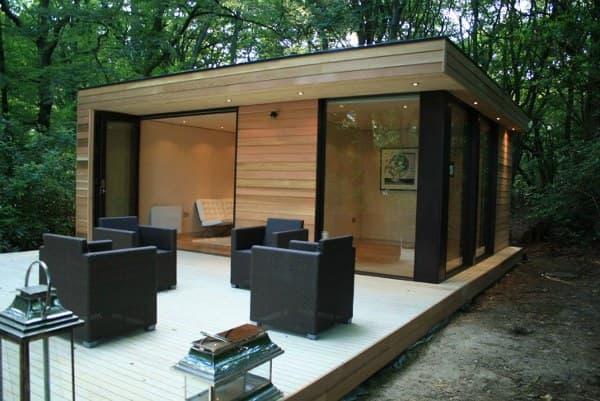 Caseta prefabricada con dormitorio y ba o de in it studios - Casetas prefabricadas para jardin ...