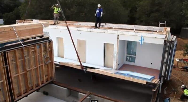 V deo construcci n casa prefabricada breezehouse - Precio construccion casa ...
