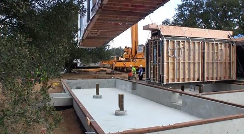V deo construcci n casa prefabricada breezehouse - Materiales para casas prefabricadas ...