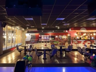 Restaurante-Bowling-Ozone-Moraira-madera-recuperada-13