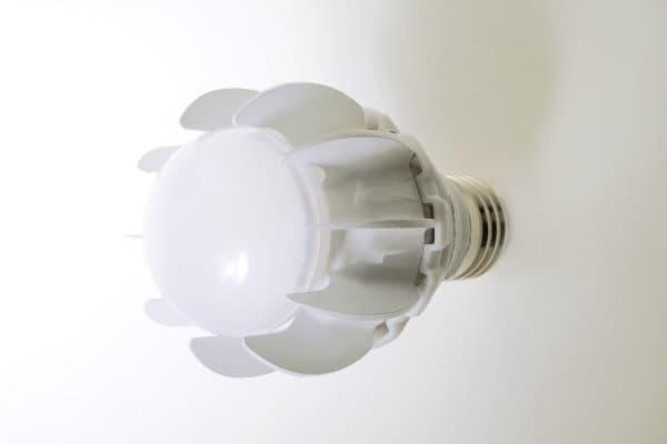 GE-bombilla-LED-equivalente-100w