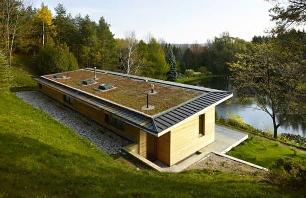 cubierta-ajardinada-+House-casa-sostenible-lago