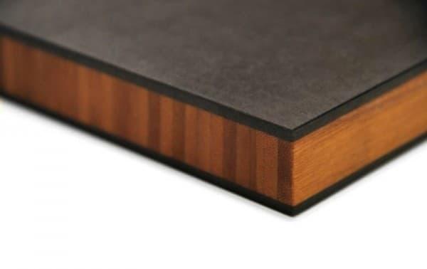 Stratum: tableros de bambú y papel reciclado