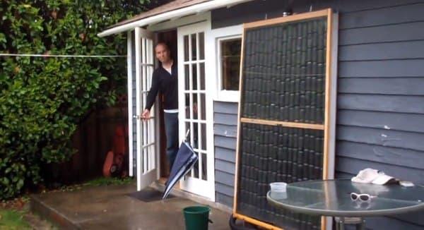 panel-solar-con-latas-recicladas-de-Peter-Rowan