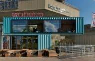 Wahaca: restaurante construido con 8 contenedores