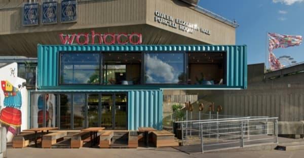 restaurante-Wahaca-hecho-con-contenedores-maritimos