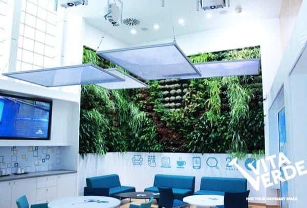 jardin-vertica-interior-I_Bank-Tesalonica