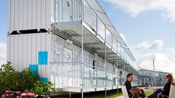 Snoozebox-hotel-portatil-contenedores apilados, exterior