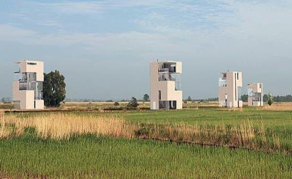 Tower-House-casas-prefabricadas-en una pradera holandesa
