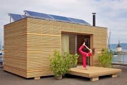 casa-prefabricada-Freedomky-con-placas-solares
