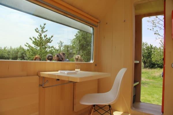 Casa-prefabricada-Diogenes-tableros-escritorio