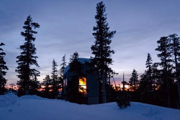 Cabaña-Alpina-madera-Isla-Vancouver