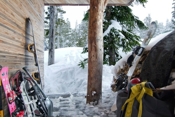 Cabaña-Alpina-madera-porche
