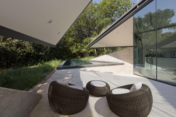 Edgeland-House-terraza-piscina