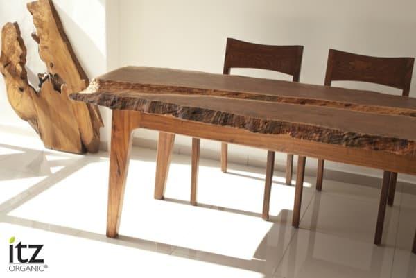 Mesa-artesanal-madera-tropical-ITZ