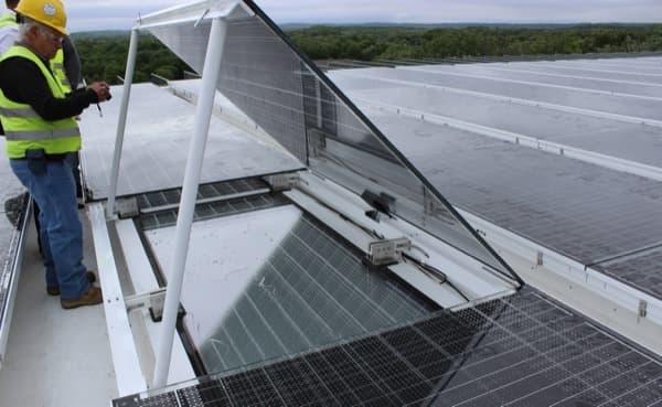 detalle-Lucernario-fotovoltaico-Onyx-Solar