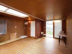 interior-casa-prefabricada-Ex-container