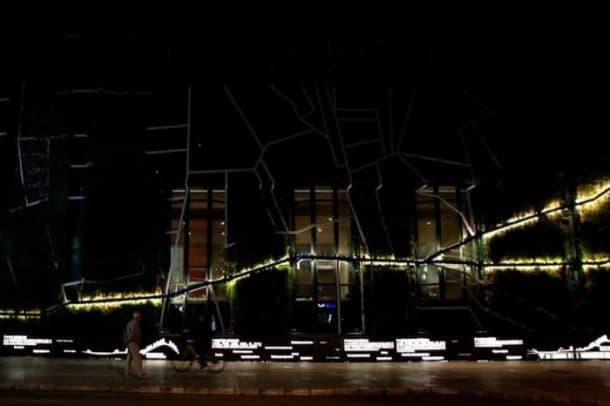 jardin-vertical-Palacio-Congresos-Vitoria-rio-LED