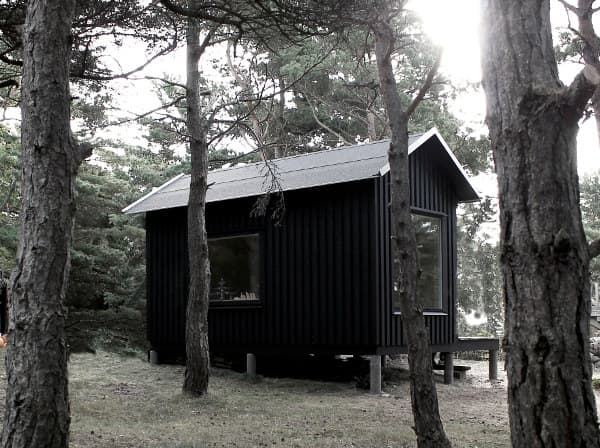 exterior-refugio-ermitage-isla-trosso