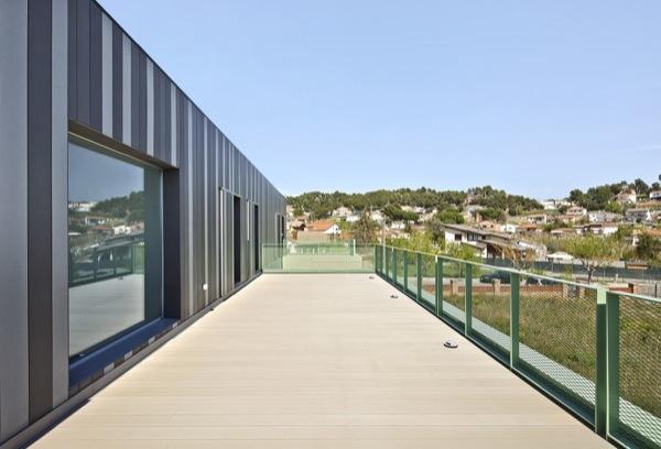 Casa-Castaño-prefabricada-terraza