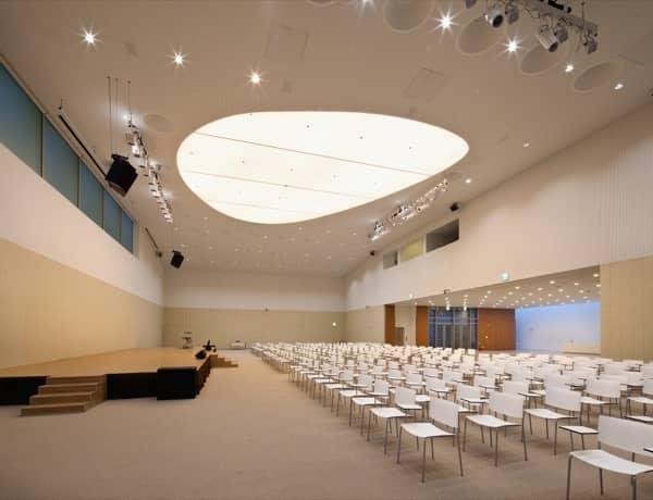 interior-sala-usos-multiples-The-Forum-Jeju