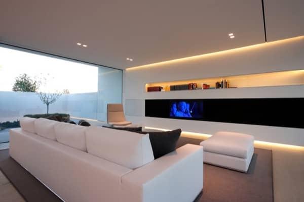 Villa-Jesolo-Lido-Pool-sofa-tv