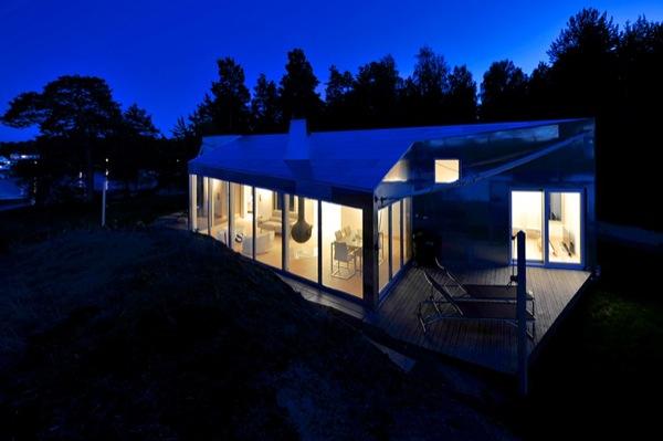 cabaña-aluminio-Noruega-exterior-noche