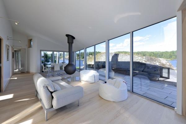 cabaña-aluminio-Noruega-interior-salón