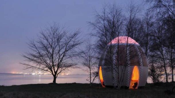 Fire-Shelter01-refugio-Copenhague-de-noche