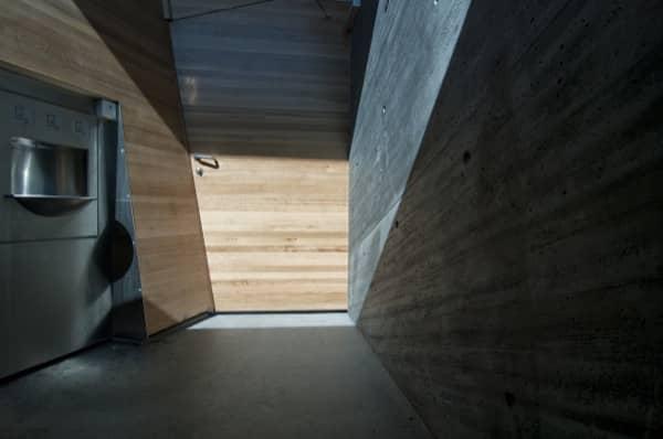 Flotane-refugio-lavabos-Noruega-interior