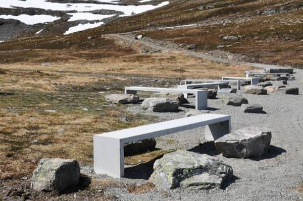 Flotane-refugio-lavabos-Noruega-mesas-picnic