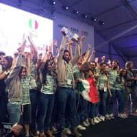 equipo-RhOME-celebrando-victoria