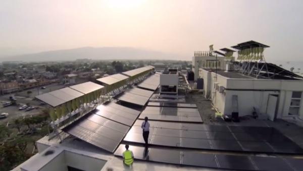 instalación-hibrida-Solar-Eólica-Kingston-vista aérea