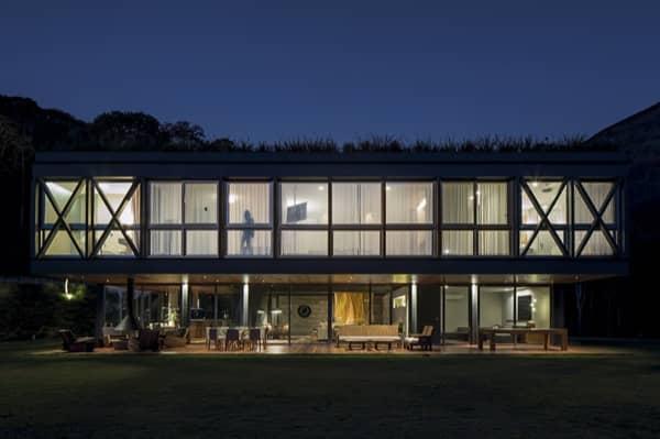 Casa-JG-MPG-exterior-nocturno