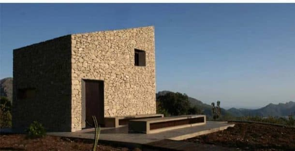 Refugio Fleix de piedra-exterior