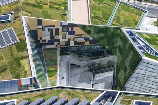 centro-cultural-Valle-Fenix-Jiangsu-patio